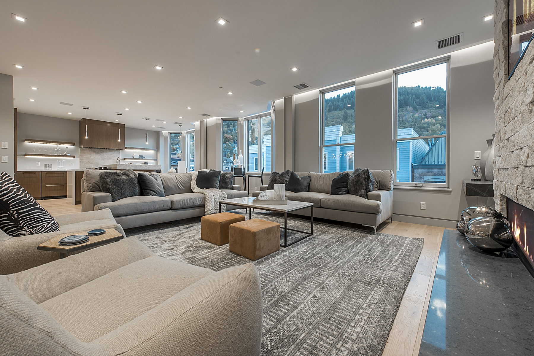 living-room_1800x1200_2443245