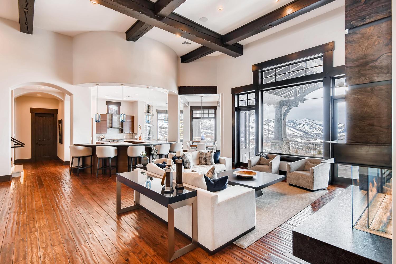 3647 Oak Wood Ct Park City UT-large-004-5-Living Room-1500x1000-72dpi