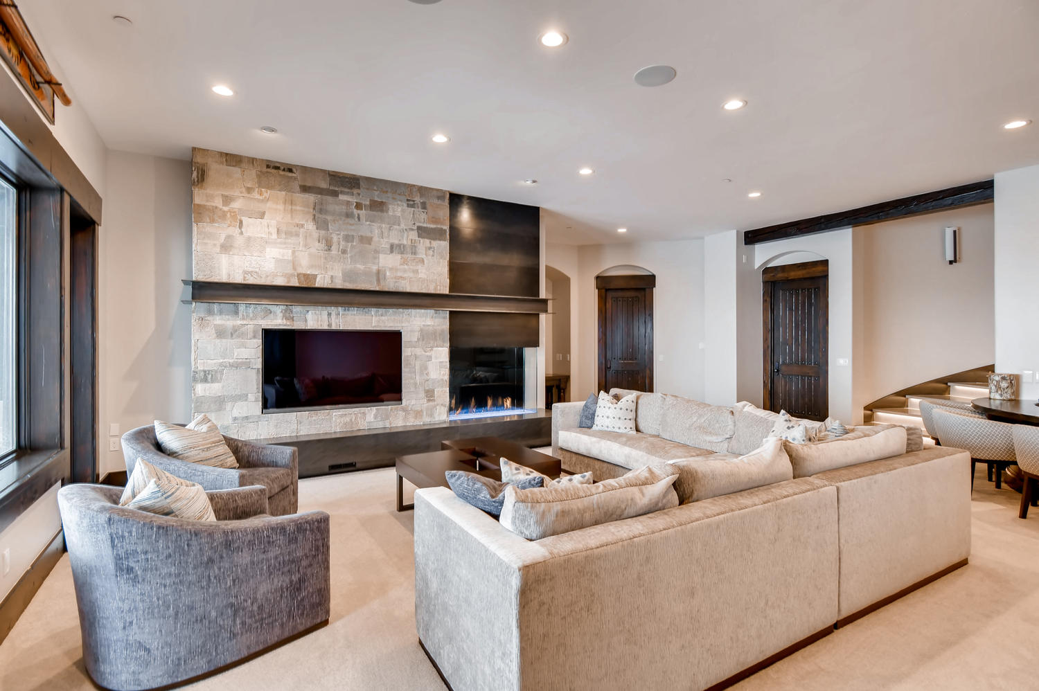 3647 Oak Wood Ct Park City UT-large-026-33-Lower Level Family Room-1500x998-72dpi